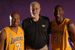 derek fisher phil jackson kobe bryant fullj.getty- _lakersmedia.jpg