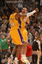 kobe bryant and jordan farmar celebrates.jpg