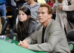 laker fan arnold schwarzenegger watches laker game.jpg