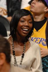 laker fan brandy fullj.getty-76076190ng011_hornets_lakers.jpg