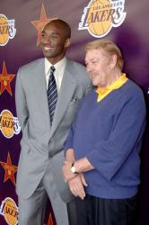 kobe bryant jerry bus vip reception 10 46 56 pm.jpg