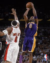 Kobe jumper over Bonzi Wells 171881 480 art R0
