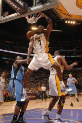 Lamar Odom monster dunk against the Jazz.jpg