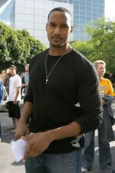 Laker fan Henry Simmons.jpg