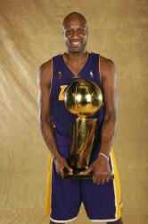 Lamar Odom and the NBA Championship trophy 2009.jpg