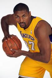 Ron Artest in a triple threat position in a Lakers jersey.jpg