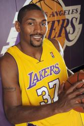 Ron Artest smiles in a Lakers jersey.jpg