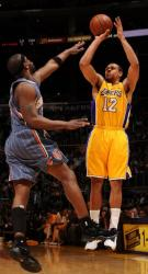 Shannon Brown shoots against the Bobcats in Staples Center.JPG
