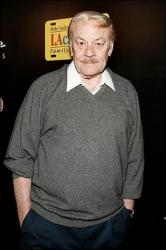 jerry buss capt.sge.gye02. .photo00.photo.default 341x512.jpg