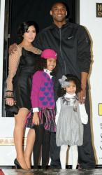 Vanessa Bryant with Kobe Bryant and their daughters at the Kobe Bryant foot and hand print ceremony.JPG