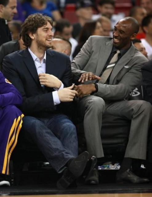 Kobe Bryant And Pau Gasol Have A Laugh On The Bench Both In