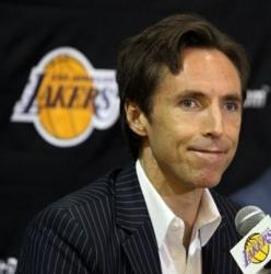 Steve Nash answers questions during his Lakers introduction press conference.JPG