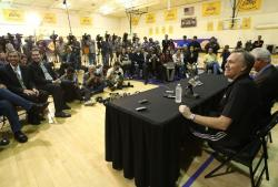 New Laker head coach Mike D'Antoni faces the media.JPG