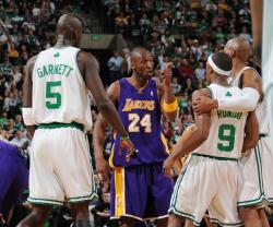 Kobe Bryant points a finger at Rajon Rondo.jpg